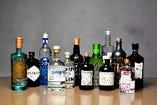 世界各国の個性的なクラフトジンが飲める
