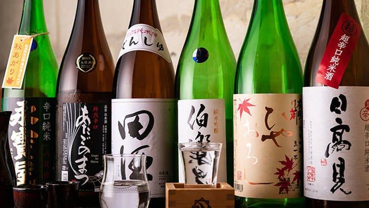 日本酒は定番や稀少銘柄、季節ものまで豊富なラインナップ
