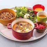 【ランチ】塩麹チキンと玉ねぎのポトフプレート
