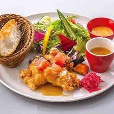 【ランチ】塩麹チキンのから揚げ ビネグレットソースプレート