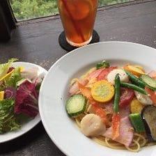新鮮な鎌倉野菜をパスタやおつまみで