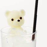 クマサン名物「白くま」氷に浮かんだクマサンがかわいいっ