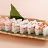 タラバがにの押し寿司