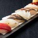 新鮮な魚介をふんだんに使用したお寿司はコースでも単品でも◎