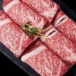黒毛和牛・最高級ラム肉などお肉も厳選。