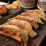 宇都宮は餃子の町です。のん太の餃子は具厚で肉汁たっぷり♪