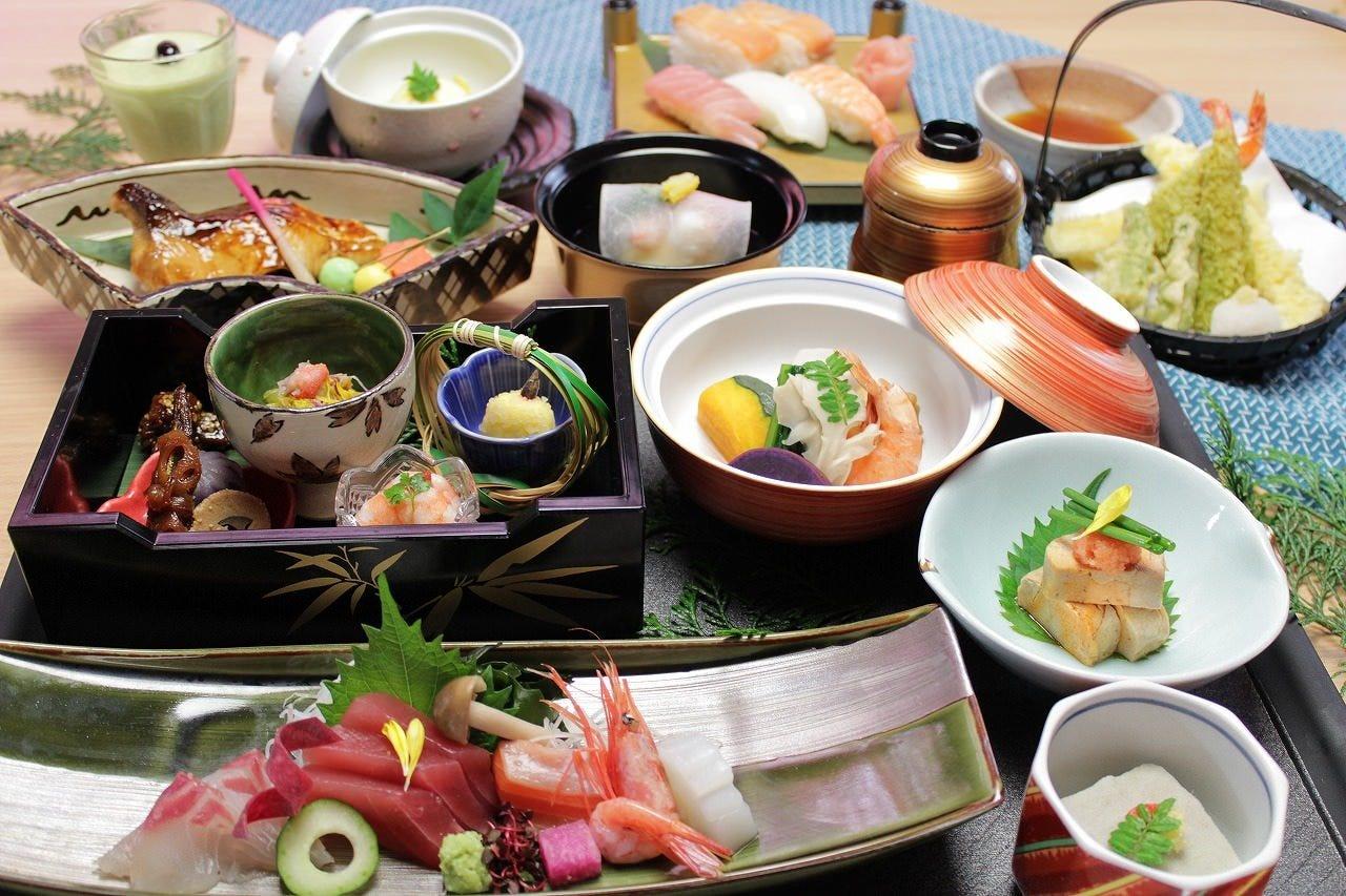 【華-はな-】会席料理コース全12品 4,700円(税抜)