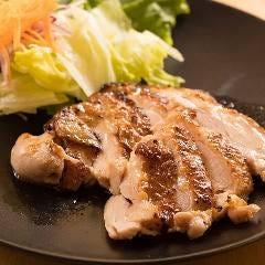 とりまつ 本郷三丁目店 馬肉料理と日本酒居酒屋