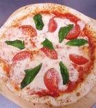 完熟トマトとモッツァレラのマルゲリータ
