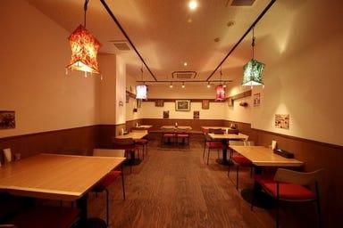 インドレストラン・BAR チチル&シシリ 店内の画像