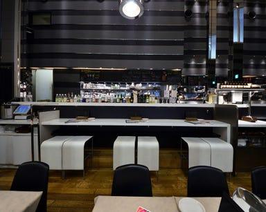 ガンボ&オイスターバー 梅田NU茶屋町店 店内の画像