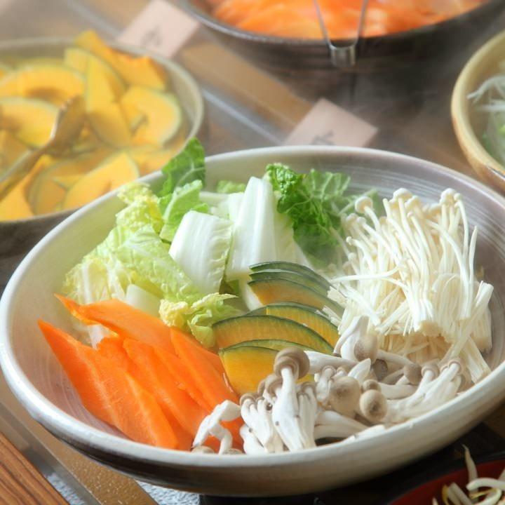 新鮮国産野菜も食べ放題です!!!