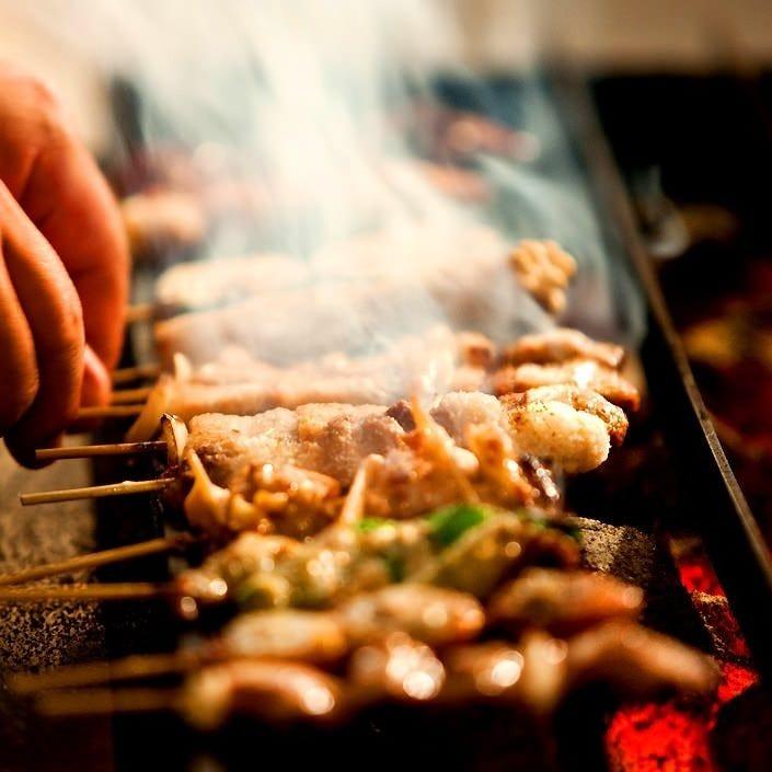 串焼きは丹精を込めて 炭火でじっくり焼き上げます!