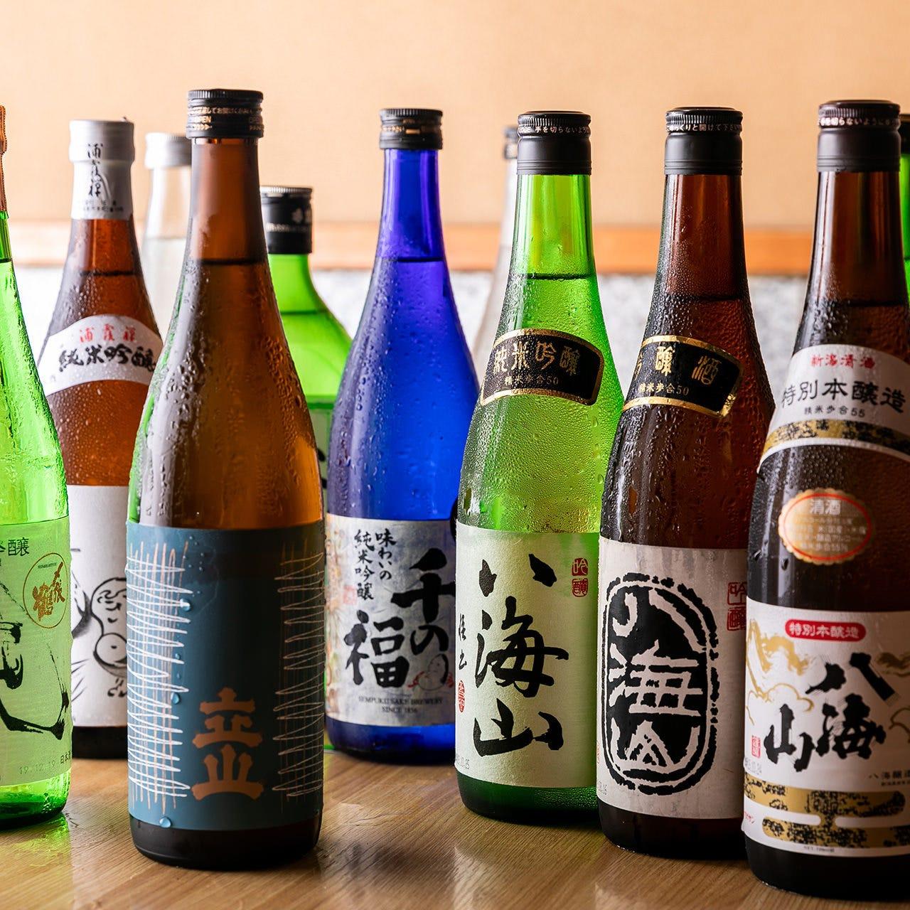 日本全国の地酒や焼酎を存分に味わう