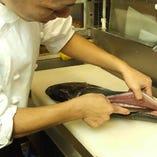 職人仕事「和食歴30年の職人が真心込めて作ります。」
