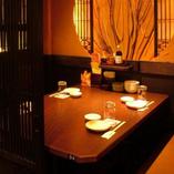テーブル4名様用 接待のお席や気の合う仲間、ご友人とゆっくりくつろげるお席です。