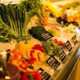 素材マーケットには新鮮な食材が豊富!お肉も牛や豚から馬や日によっては蝦夷鹿などのジビエ系の取扱いも♪
