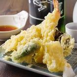 【天ぷら盛り合わせ】 素材に自信有り!揚げたてサクサク