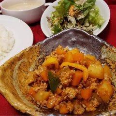 Asian Restaurant Pinoy(ピノイ)