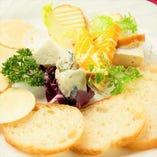 カマンベールチーズ【フランス】