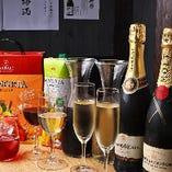 グラスワイン、スパークリングワイン、サングリアなどワイン党にも納得の品揃え