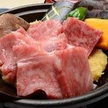 国産牛、丹波牛、神戸牛などブランド牛も有ります