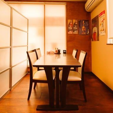 串焼き けんちゃん 駅南店 店内の画像