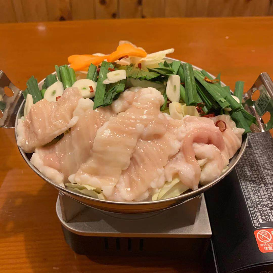麻辣・白湯など全5種の鍋が沁みる!