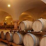 充実のワインの種類は約200種!ソムリエにご相談下さい!
