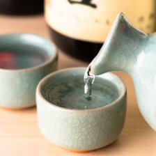 各種日本酒を取り揃えております・・・