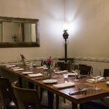 ご接待やお仕事でのご会食に最適な1階個室