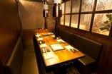 2鉄板完備の8名個室席(全4テーブル)