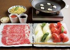 「特別トマトすき焼き会席」七品 【トマトすき焼きと懐石料理が同時に楽しめます】