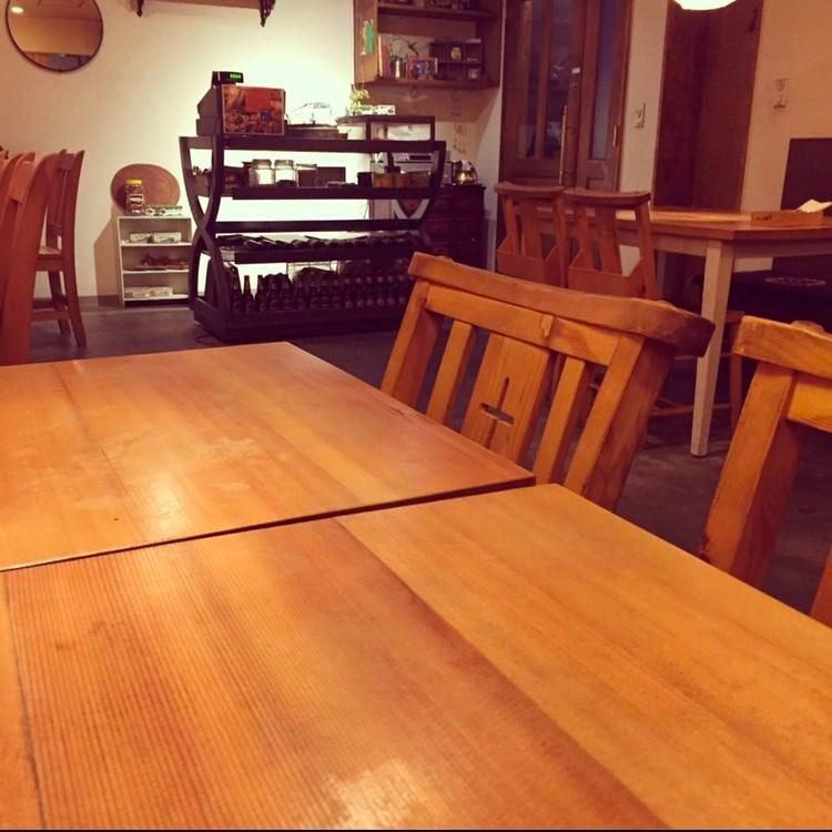 テーブル席・4名様まで