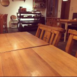 テーブル席(~4名様×8卓)