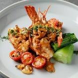 素材の味を生かし丁寧に調理したお料理を多数ご用意しております