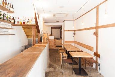 古来種野菜と熟成塩豚のお店 root  店内の画像