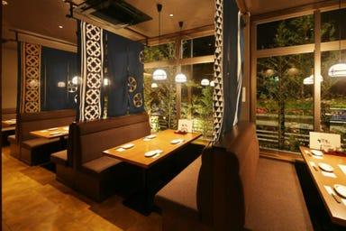 焼鳥・野菜巻き串・餃子 てしごと家新浦安 店内の画像