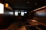 10名様程がオススメ☆カラオケ、ダーツ(投げ放題)×1台設置!!パーティープランをご準備4,800円で食事7品+飲み放題2時間+室料込みのお得プランが御座います。※現状はダーツ機1台となっております。