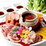カルビ・豚ロース・鶏肉・ソーセージの4種盛り合わせ