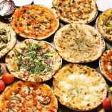 30種類から選べるピザがコースで楽しめる!!