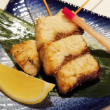 カンパチの串焼きわさびソース 550円(+税)