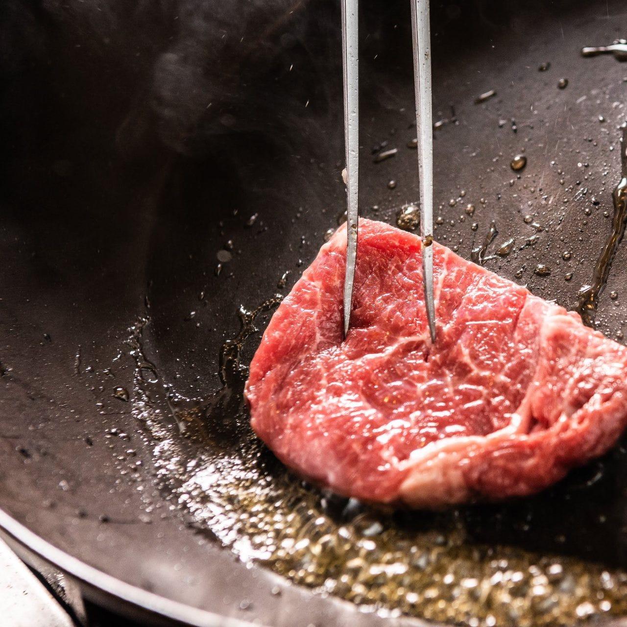 【ライブキッチン】牛ステーキ