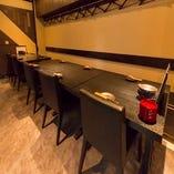 フロアーのテーブル席は団体様にも対応できます♪