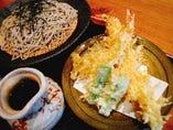 特大車海老天ざる (蕎麦orうどん)