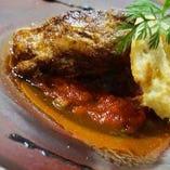 牛ミンチとフォアグラのパイ焼き