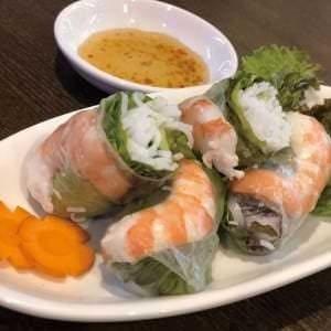 お酒との相性もいいベトナム料理