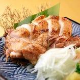 鶏の藁焼きステーキ