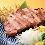 豚の藁焼きステーキ