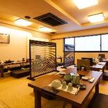 落ち着いた和空間でお食事とお酒をお楽しみください